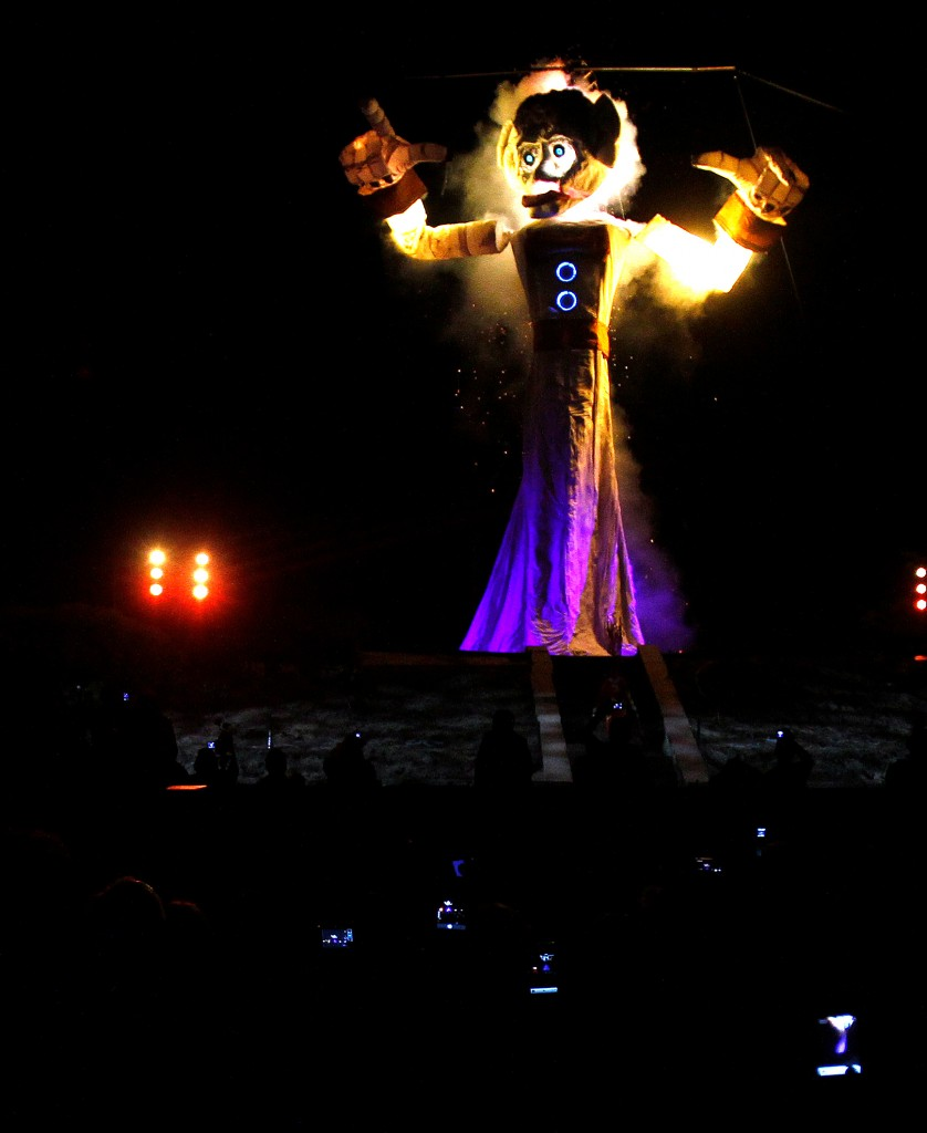 Zozobra Lighting Design